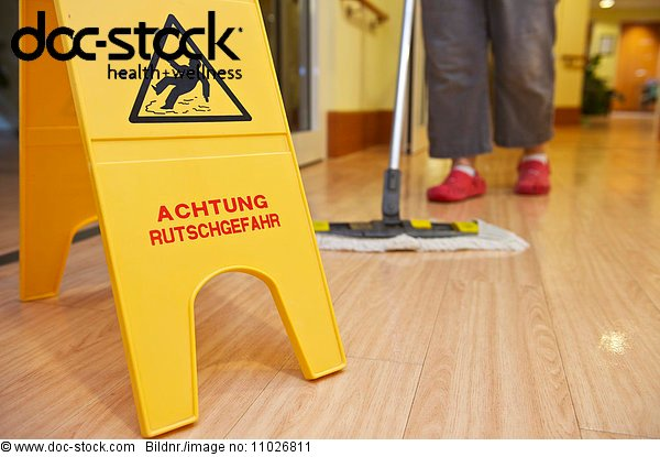 Cleaning of floor in nursing home