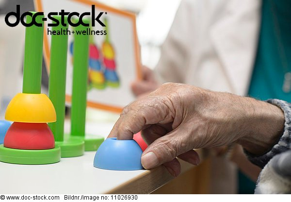 Occupational therapy in nursing home