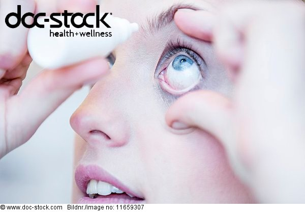 Arbeitswelt,Arzt,aufsehen,Augenarzt,Augenheilkunde,Behandlung