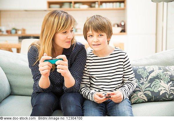 5,absteigen,Anzahl,Camcorder,Computerspiel,Emotion